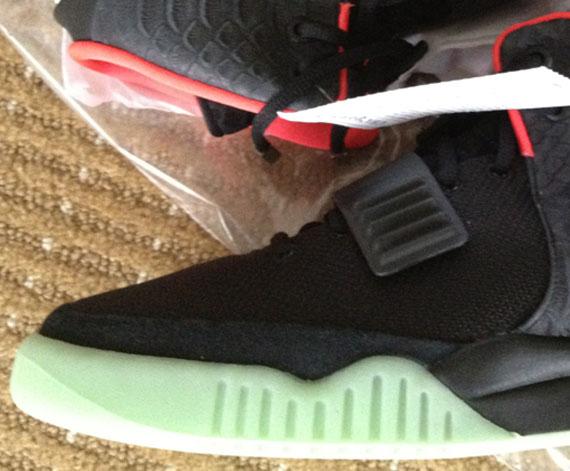 Nike Air Yeezy 2 Black Pink