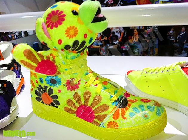 "Adidas Originals Jeremy Scott ""JS Bear"""
