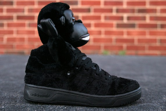 Jeremy Scott x Adidas Originals JS Gorilla