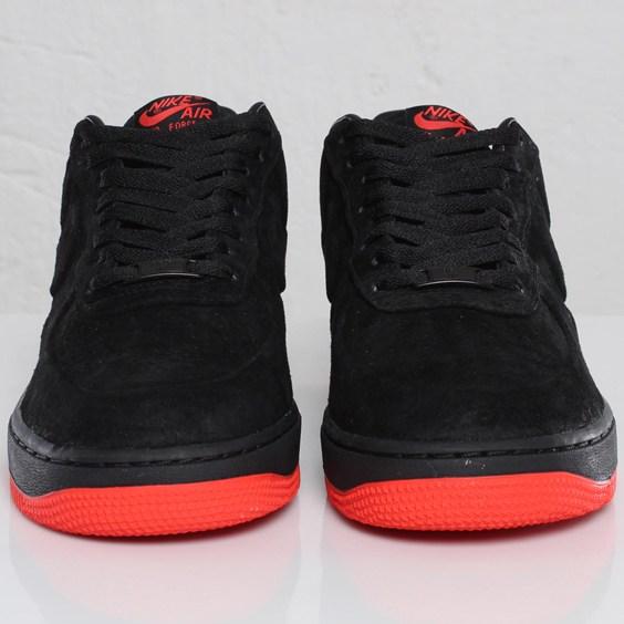 Nike Air Force 1 VT Low Black / Max Orange