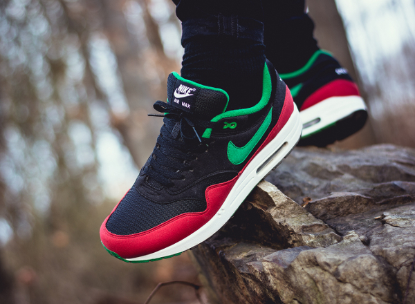 Nike Air Max 1 ID St Nick - Vagrant-1
