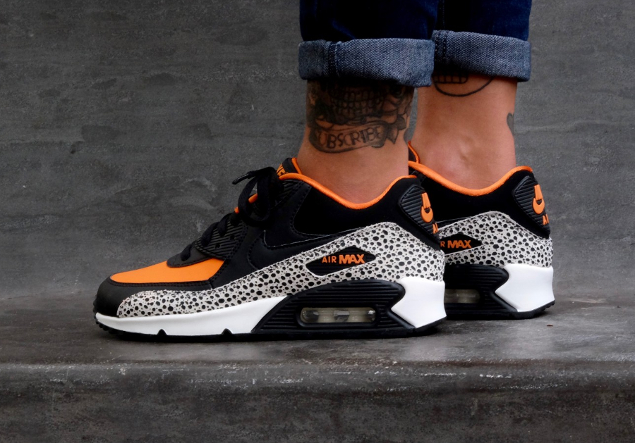 nike-air-max-90-gs-safari