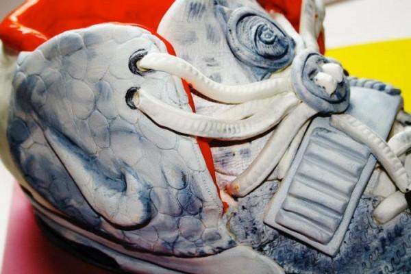 Le gâteau Nike Air Yeezy 2 Wolf Grey Pure Platinum