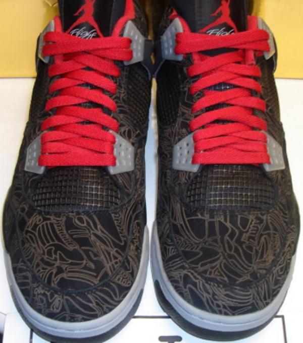 Air Jordan 4 Black/Gold Laser Michael Jordan