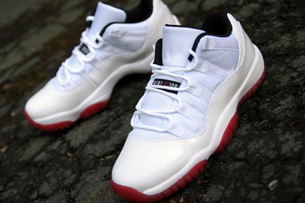 Air Jordan 11  White/Black-Varsity Red
