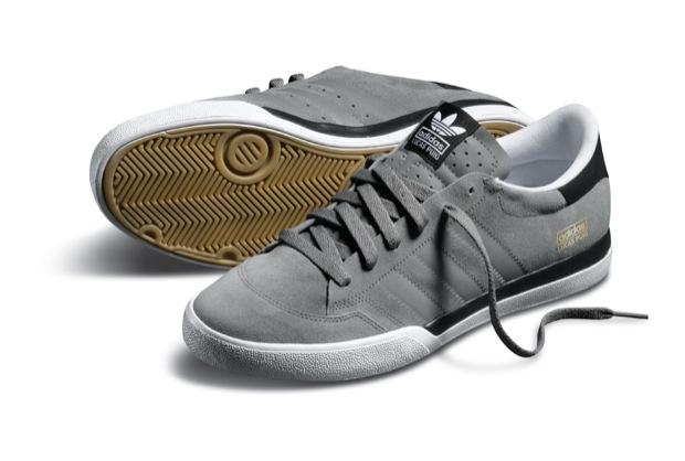 Les sneakers sont plutôt pas mal. Ces 3 coloris de la Adidas Skateboarding Lucas Puig seront disponibles à partir de ce mois de juillet.