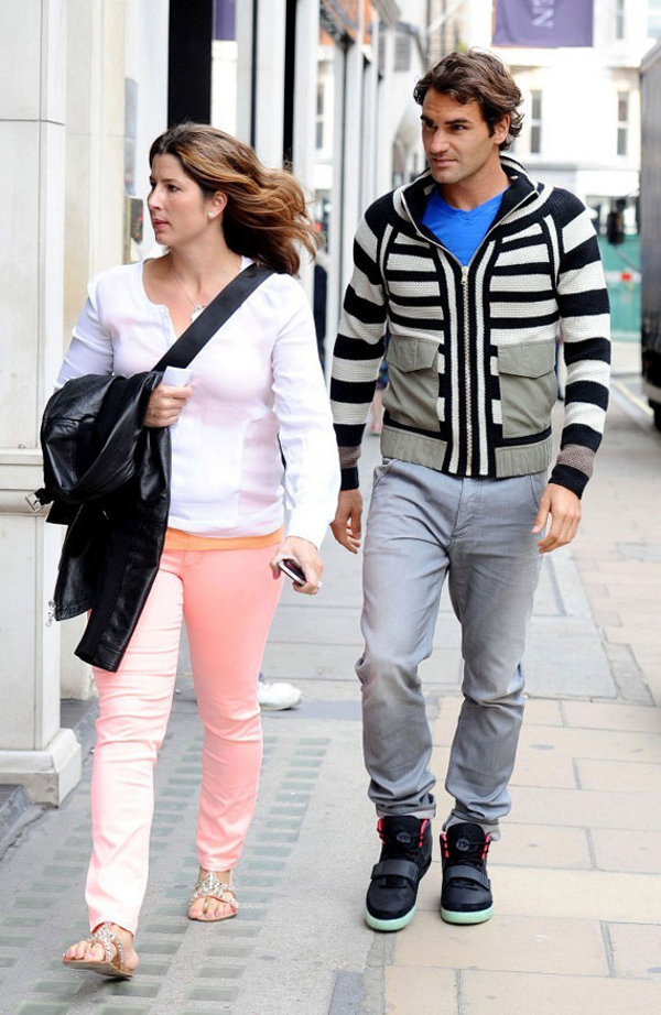 Roger Federer en Air Yeezy 2 ... pas besoin de camp out !