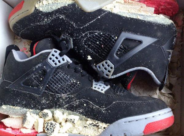 Air Jordan 4 Bred 1999 décomposition
