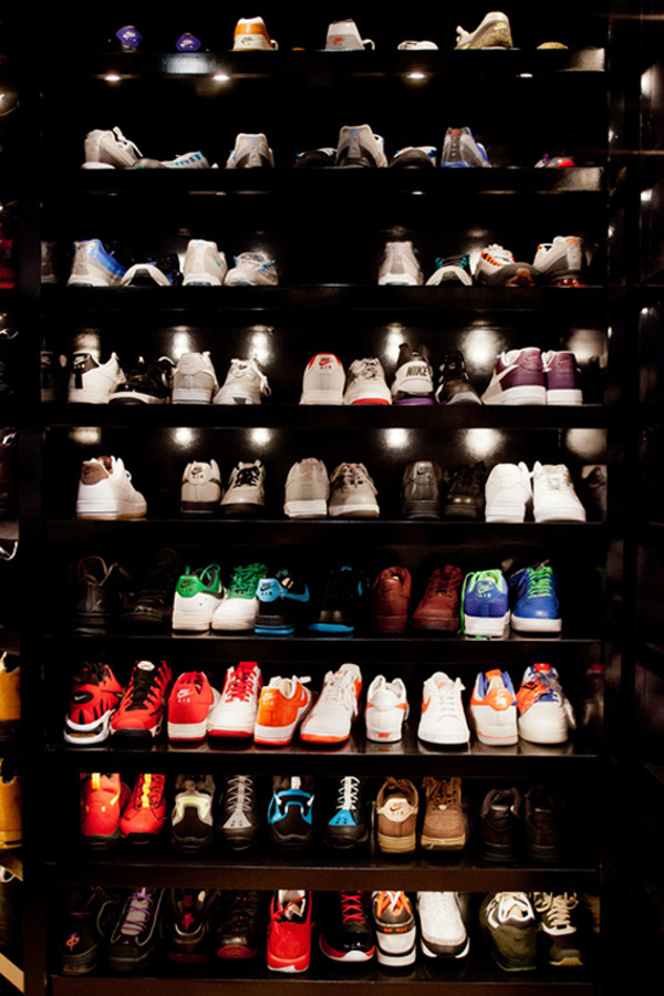 une collection de plus de 1000 paires de jordan