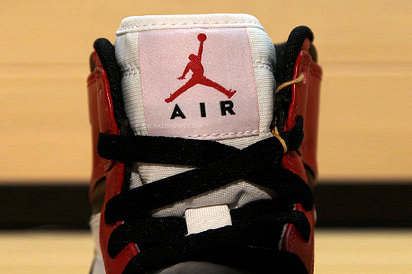 Air Jordan 1 OG Retro 2013 White Red Black
