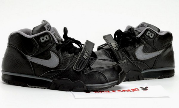 Nike Air Trainer 1 Raiders (2000)