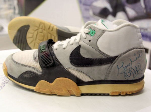 Nike trainer 1 1987 mc enroe
