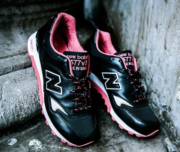 Size & Jeff Staple & New Balance « Pigeon Noir »