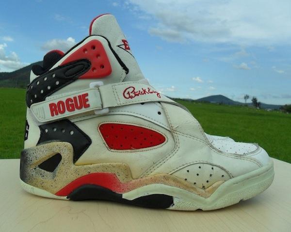 Ewing Rogue 2 White Black - 1993