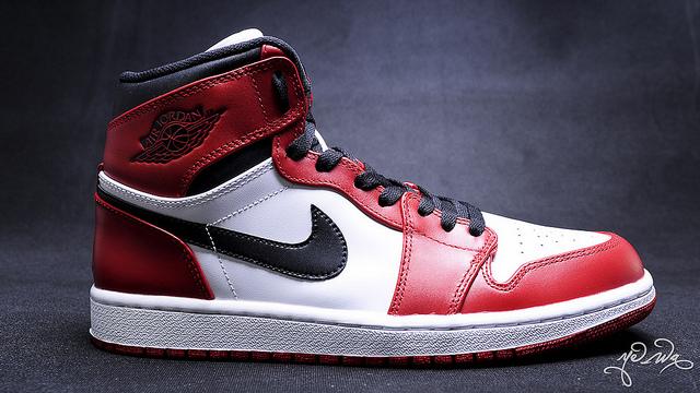 Nike Air Jordan 1 High Retro 2013 BlancRouge basket