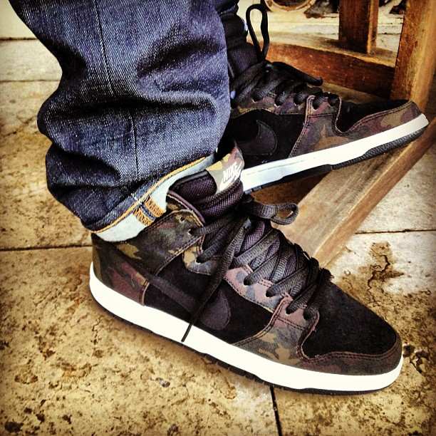 the latest 525d2 ca813 ... nike sb dunk high iguana camo black ...