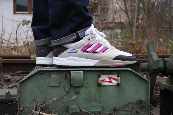 Adidas Tech Super White Vivid Pink