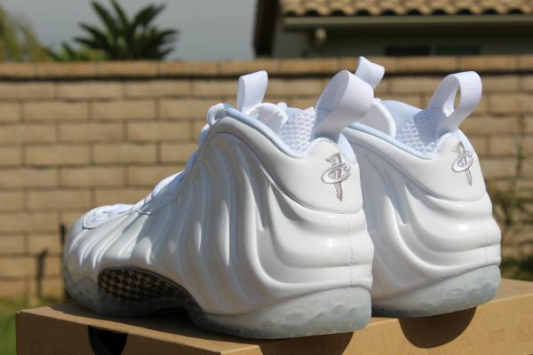 Nike Air Foamposite One White 4