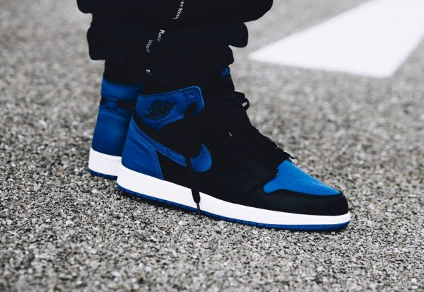 Basket Air Jordan 1 Retro High Royal