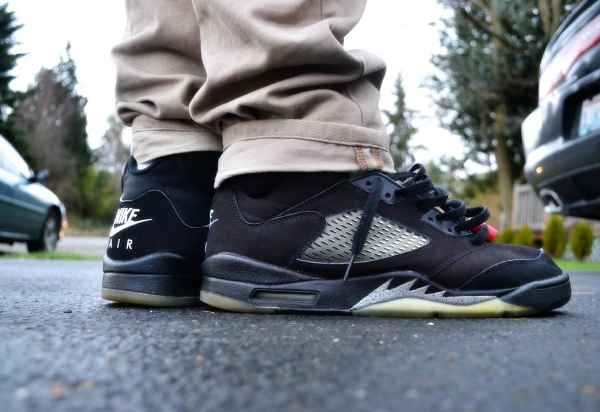 Air Jordan 5 Black / Black – Metallic Silver