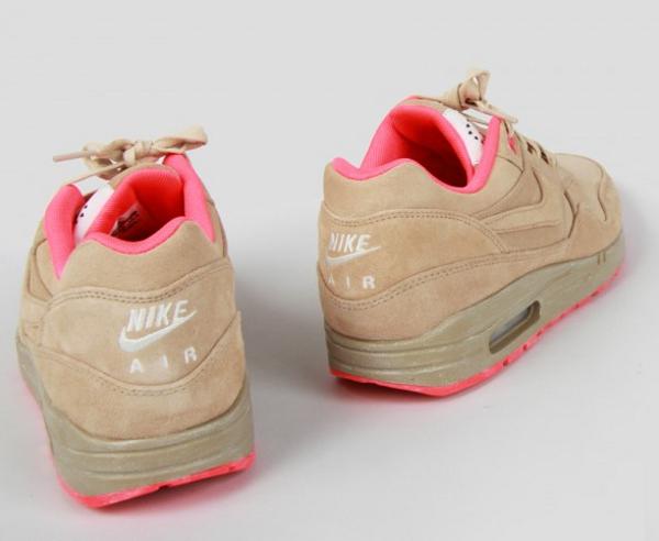 Nike Air Max 1 Milan Hometurf