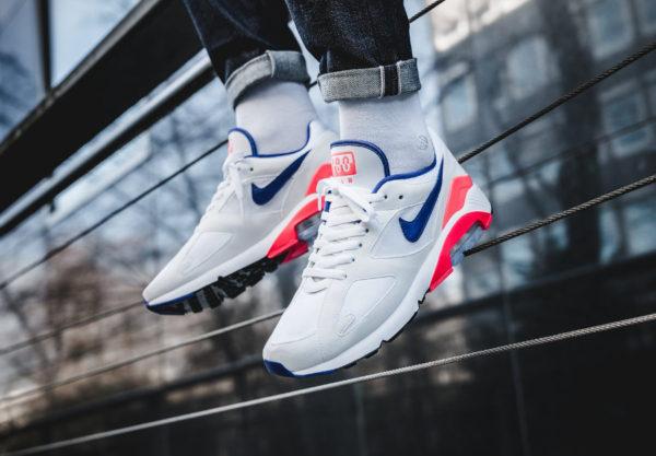 new arrivals 0e7c8 44a03 Nike Air Max 180 OG Ultramarine 1991 (réédition 2018) - chaussure rétro  homme (