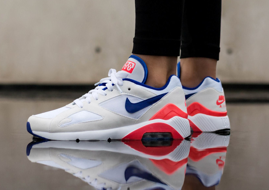 Nike Wmns Air Max 180 OG Ultramarine White Solar Red 2018- chaussure femme (1)