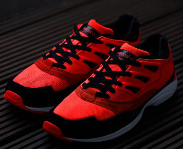 Le pack Adidas Neon