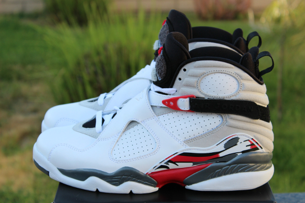 Air Jordan 8 Bugs Bunny Retro 2013