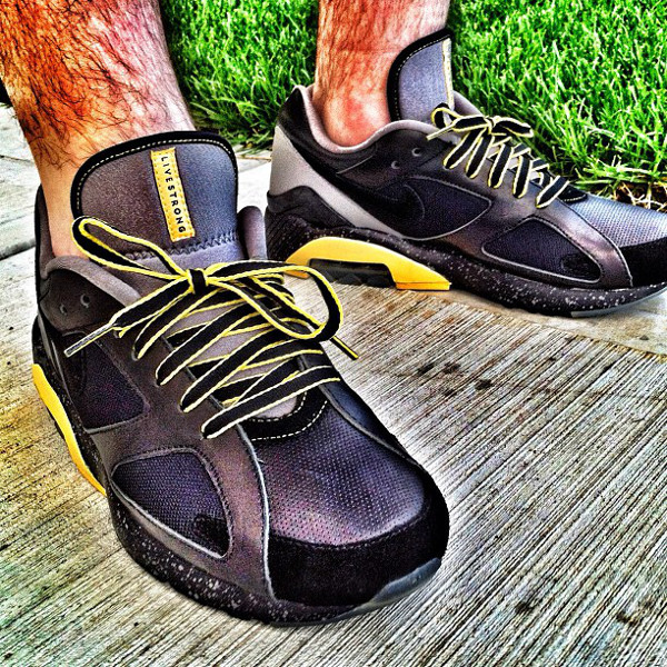 Nike Air180 Livestrong - Andrew