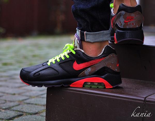 Nike Air 180 Oqium - Kania