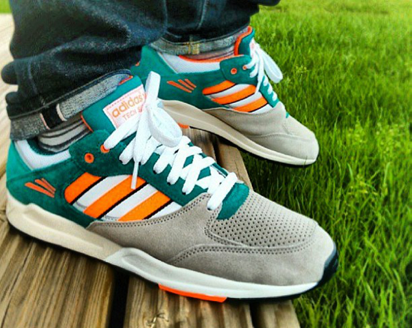 Adidas Tech Super Miami Dolphins - Jackbooth