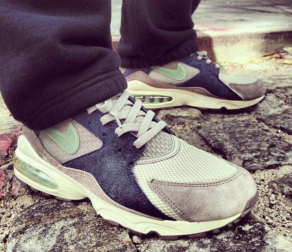 Nike Air Max 93 magnet/dusty sage-obsidian-irn - Doreecebennett