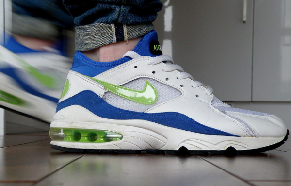 Nike Air Max 93 white/lazer blue-black - Jaedublin
