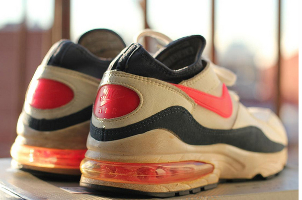 Nike Air Max 93 White/Flame Red-Dark Blue Grey