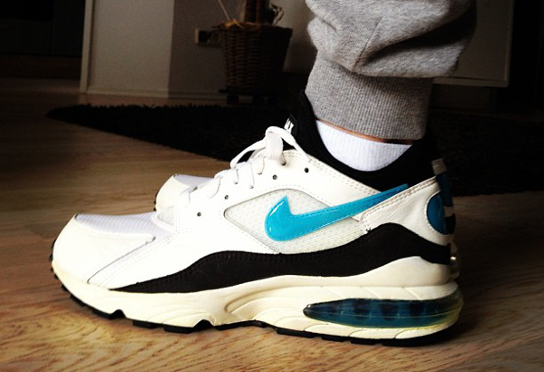 Nike Air Max 93 white/lazer blue-black - Sneaker Zimmer
