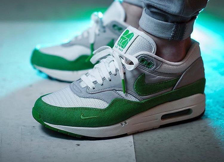 2009 - Patta x Nike Air Max 1 Chlorophyll - @npwls_