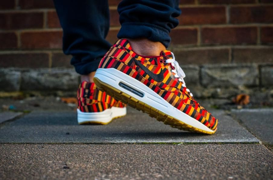 2013 - Roundel London x Nike Air Max 1 - @sandoobie