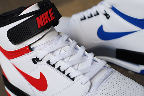 Nike Air Revolution Retro 2013