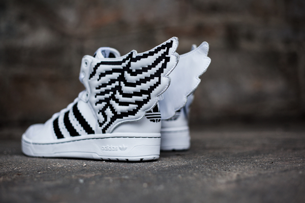 adidas wings pixel