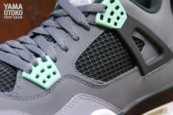 air-jordan-4-green-glow-3