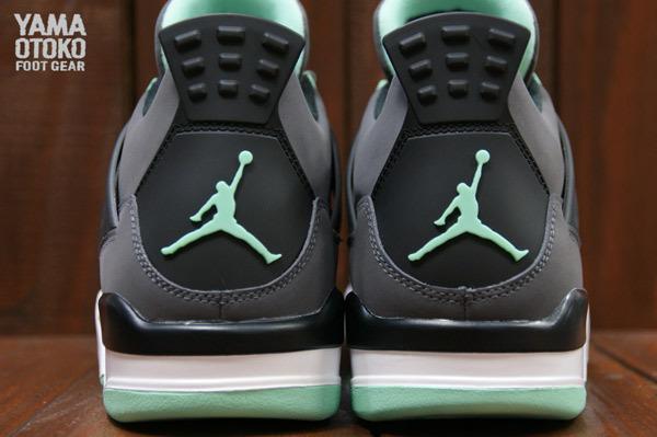 air-jordan-4-green-glow-7