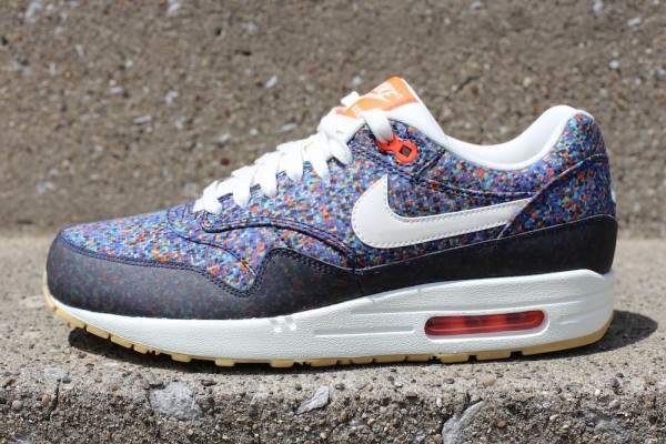 reputable site 3a348 98cd6 Nike Air Max 1 Liberty Of London Virtual Light