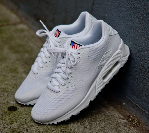 nike air max 90 hyperfuse blanche femme