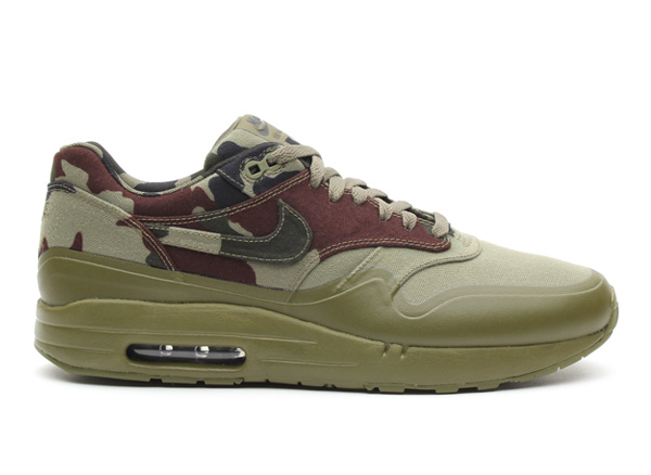 "Nike Air Maxim 1 + Camouflage ""France"""