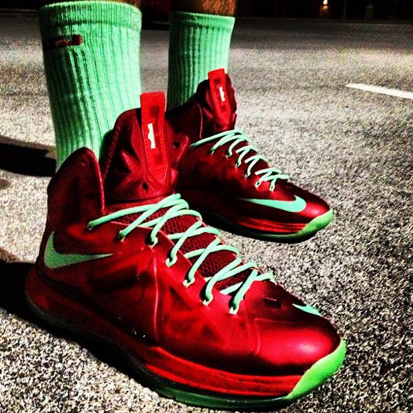 Nike Lebron 10 Christmas - Peeezzzyyy