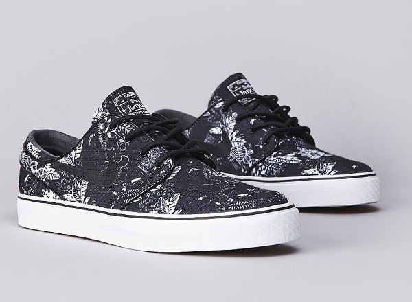 Nike SB Janoski Black Floral