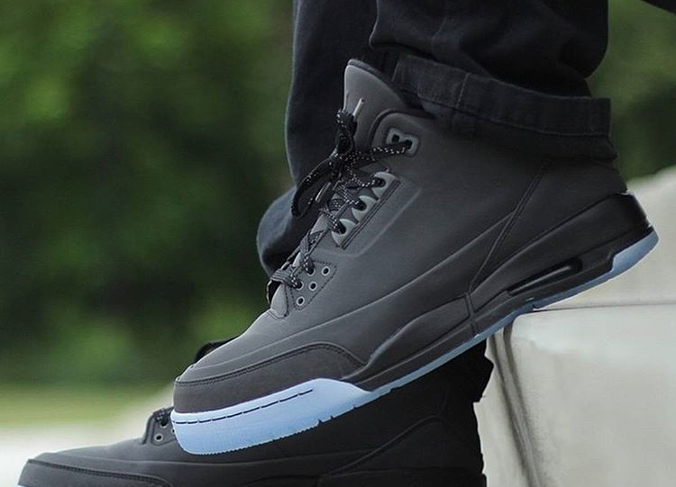 air-jordan-3-5lab3-black-reflective-t_starks