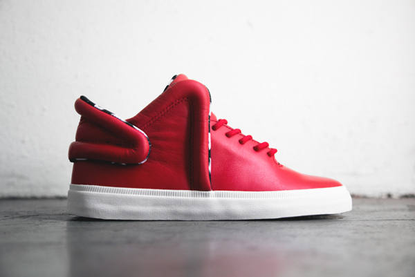 Supra Falcon Red Star
