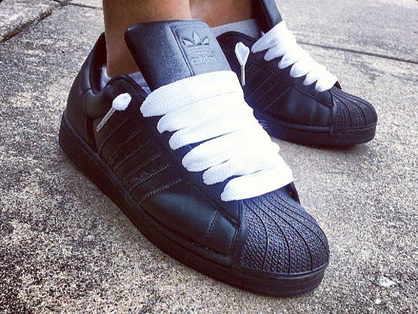 adidas-superstar-black-magik1
